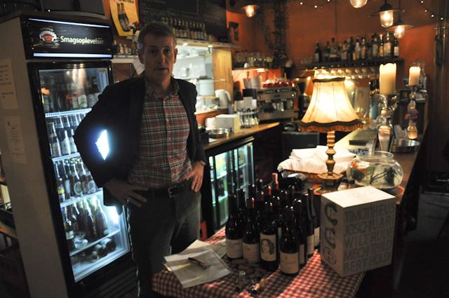 Vinova på Cafe Jens Otto 06